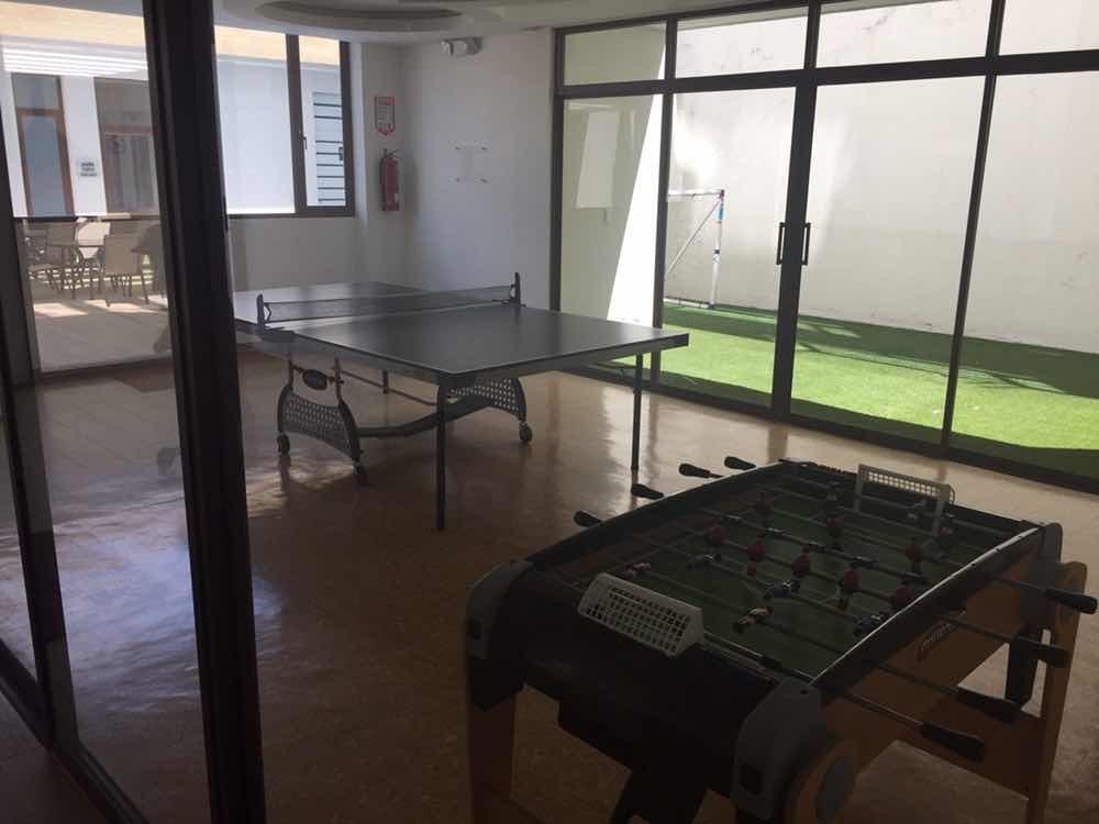 hermoso departamento con patio en cumbayá