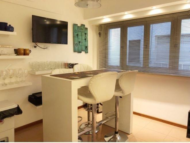 hermoso departamento con vista al mar, cochera fija cubierta, totalmente reciclado con buen gusto y calidad