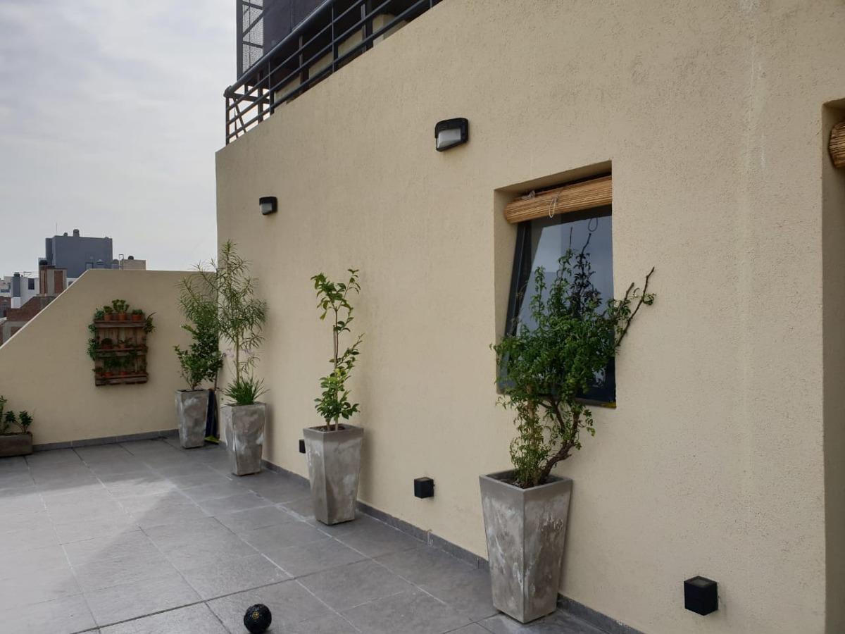 hermoso dpto de un dormitorio. balcón terraza!
