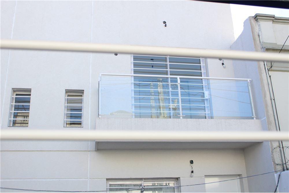 hermoso duplex 3 amb c/coch hecho a nuevo s/exp