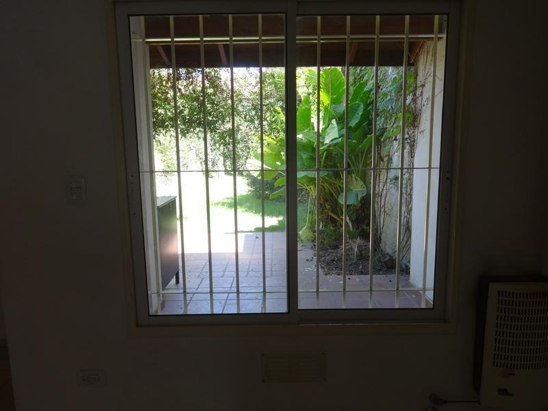 hermoso duplex con gran jardin