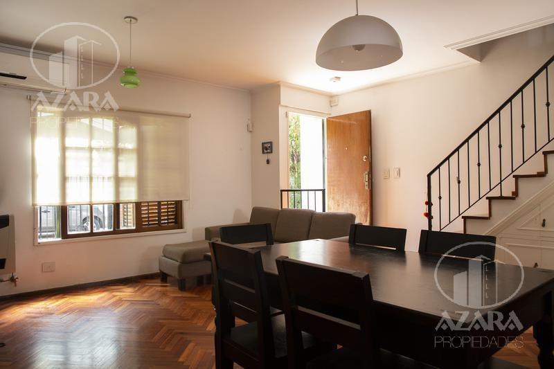 hermoso duplex en olivos en 3 plantas con cochera y patio con parrilla