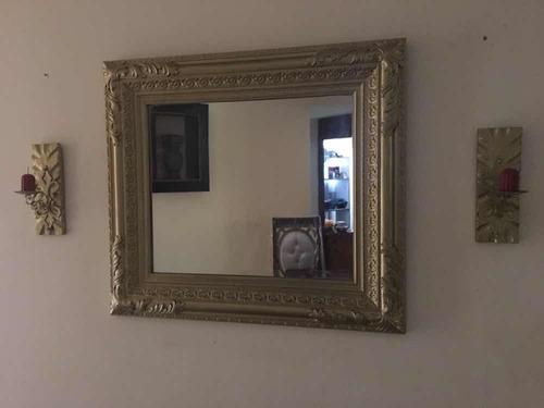 hermoso espejo con candelabros