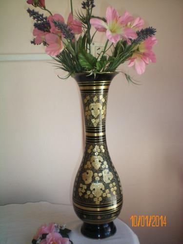 hermoso florero d bronce indù.alt 36cm (1543)