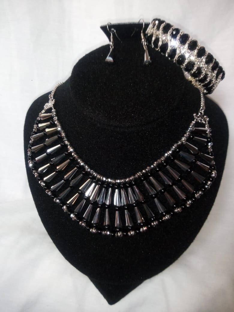2647f5293dee Hermoso Juego Collar De Bisuteria Fina Plata Negro