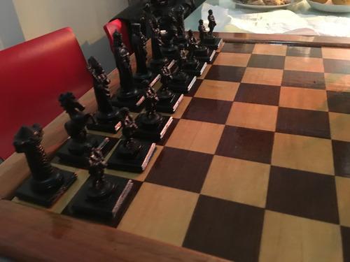 hermoso juego de ajedrez artesanal!!!!