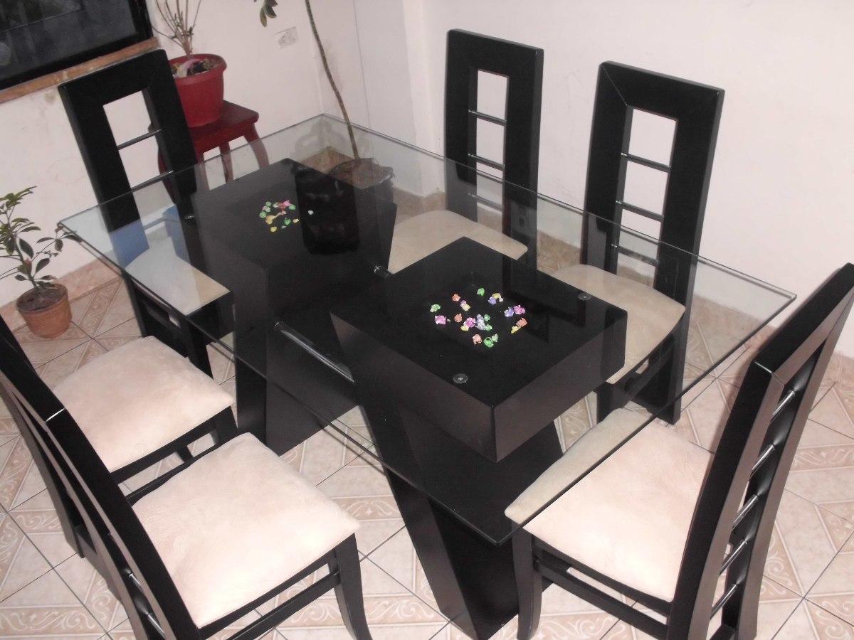 Mesas de cristal y madera para comedor good mesa de for Comedores de madera con cristal