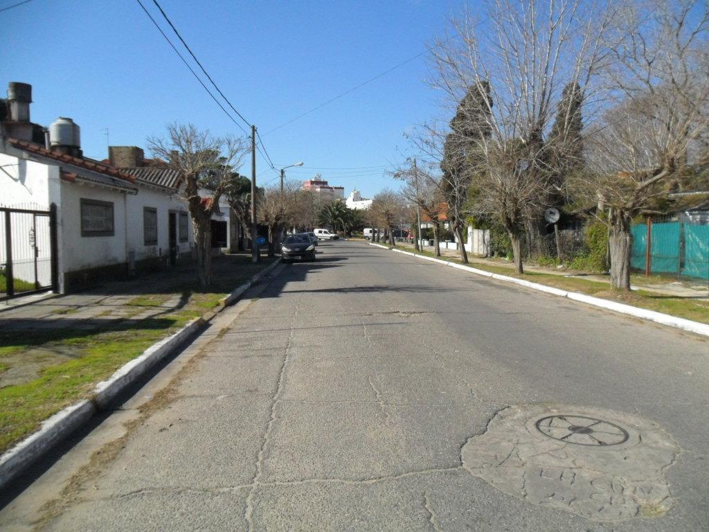 hermoso lote, en calle 22 entre 14 y 62 (cod. 1013)