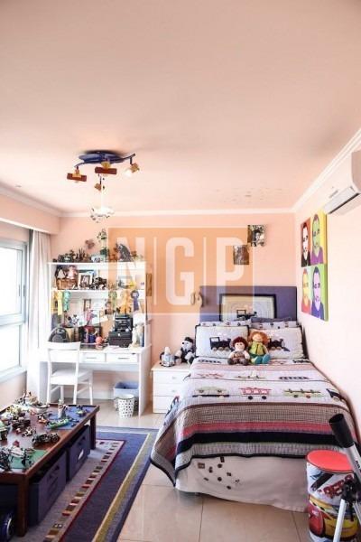 hermoso  pent house en la brava con pileta y parrillero propio !!!!excelentemente decorado.duplex-ref:25178
