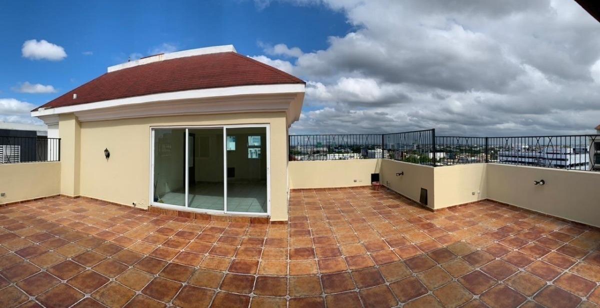 hermoso penthouse en torre 1 x piso  con muy buena ubicación en naco