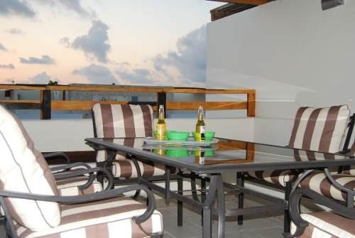 hermoso penthouse en venta en el centro de playa del carmen.