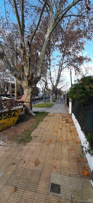 hermoso ph de 3 amb con patio lavadero terraza y cochera.