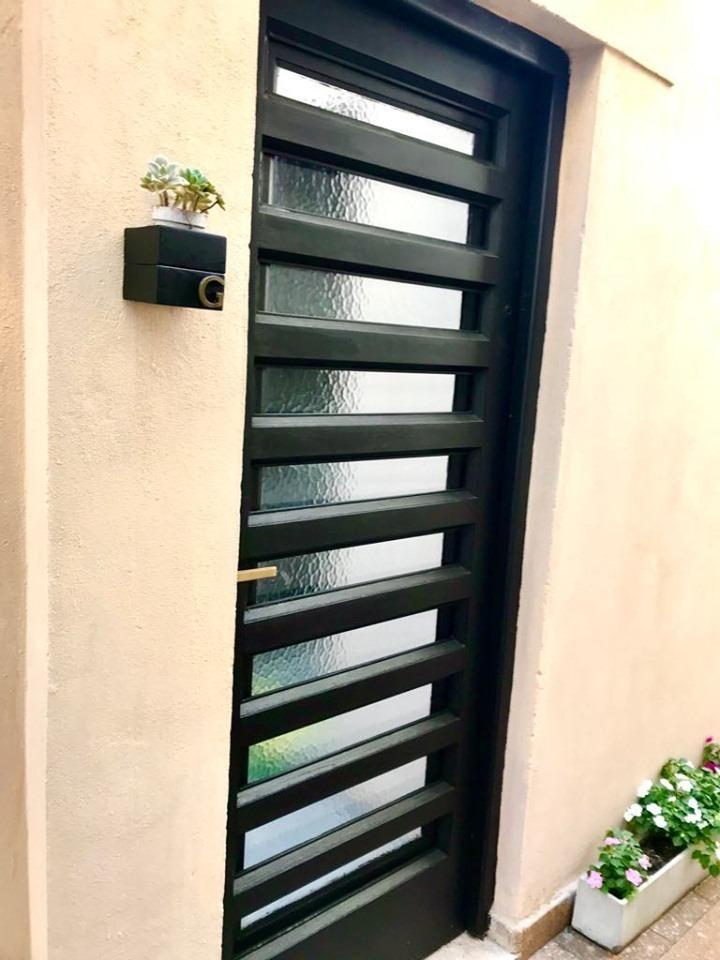 hermoso ph dúplex 2 amb y 1/2 patio y terraza sin expensas