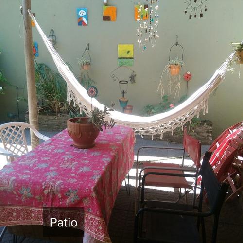 hermoso ph en villa luro con parque y pileta!!!