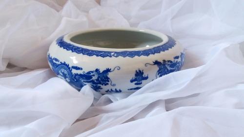 hermoso recipiente de cerámica chino