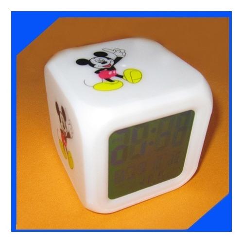 hermoso reloj led mickey cambia de color( como el de kitty).