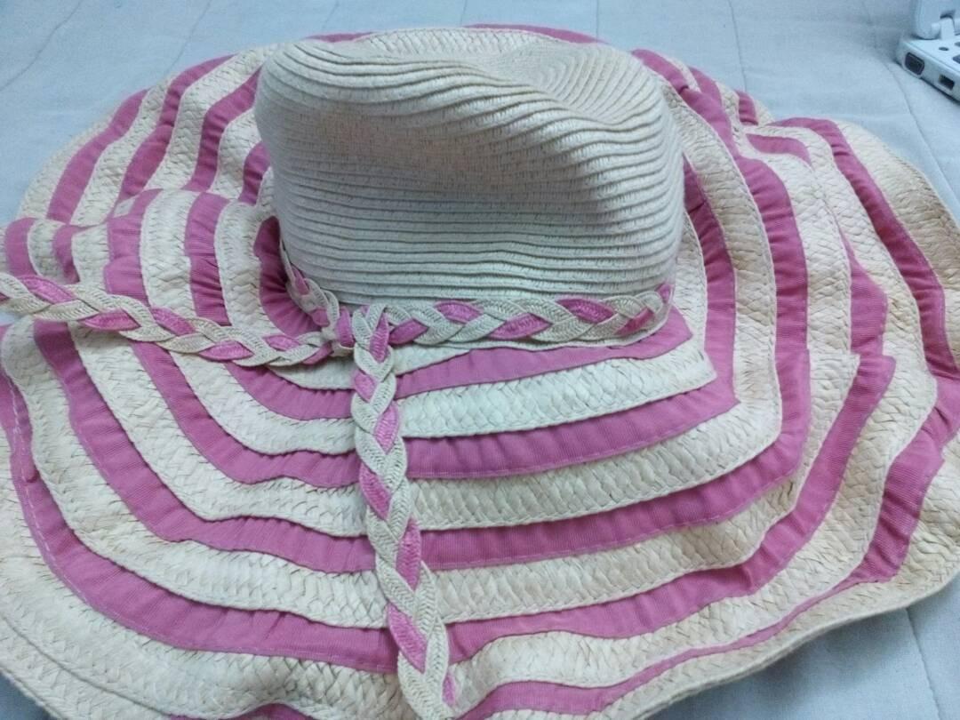 hermoso sombrero playero beige con rosado nuevo. Cargando zoom. 8dd80b5b4fd