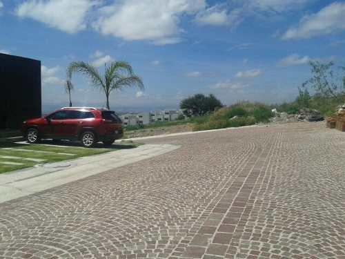 hermoso terreno en venta en cumbres del lago juriquilla qro. mex.