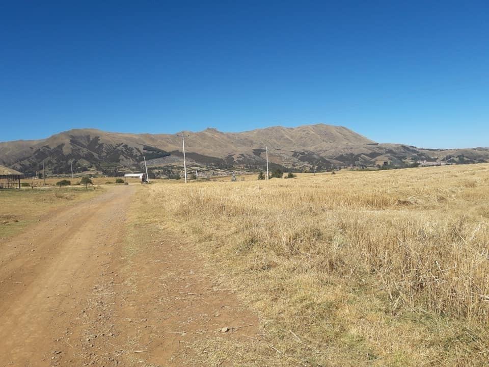 hermoso terreno en venta urubamba-chinchero