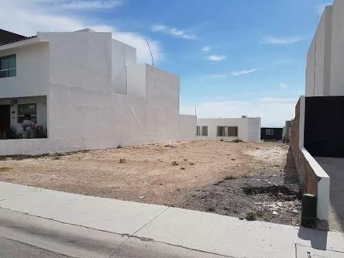 hermoso terreno plano de 284 m2 en lomas de juriquilla, nivelado y listo, ganelo