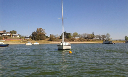 hermoso velero white wind 19 pies  -mi  dulce sofia .