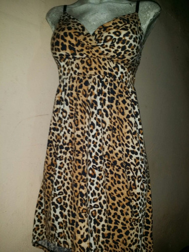 hermoso vestido animal print cola de pato no boundaries