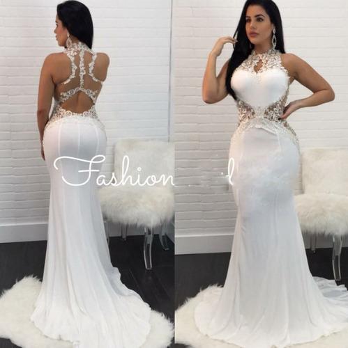 hermoso vestido de gala.