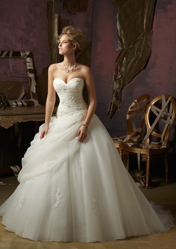 Vestido novia pedreria