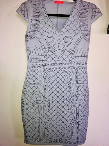 hermoso vestido estrech