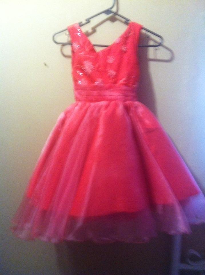 Vestidos de fiesta para ninas color coral