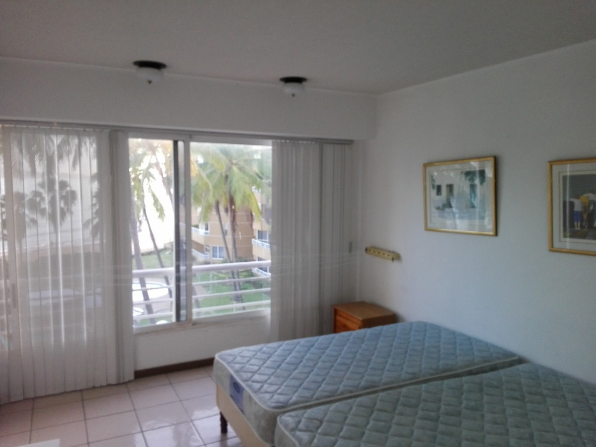 hermoso y cómodo apartamento frente al mar en lecheria