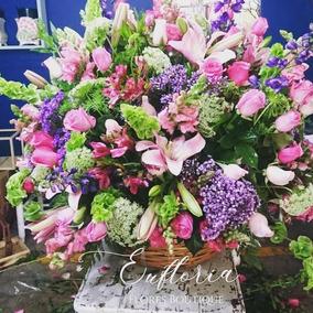 Hermoso Y Grande Arreglo Floral