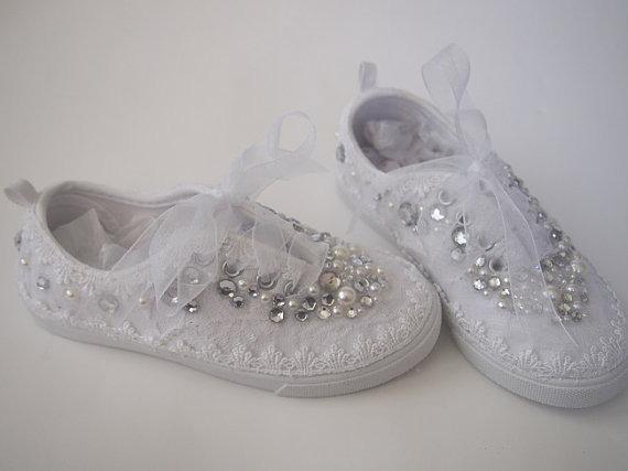 Hermosos tenis con decoraci n para ni a primera comuni n - Ideas para decorar zapatos de nina ...