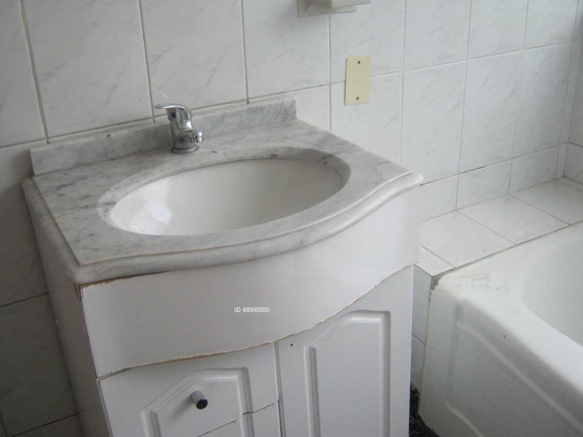 hernando de aguirre 2386, 3 dormitorio / 2 baños + 2 estacionamientos*.
