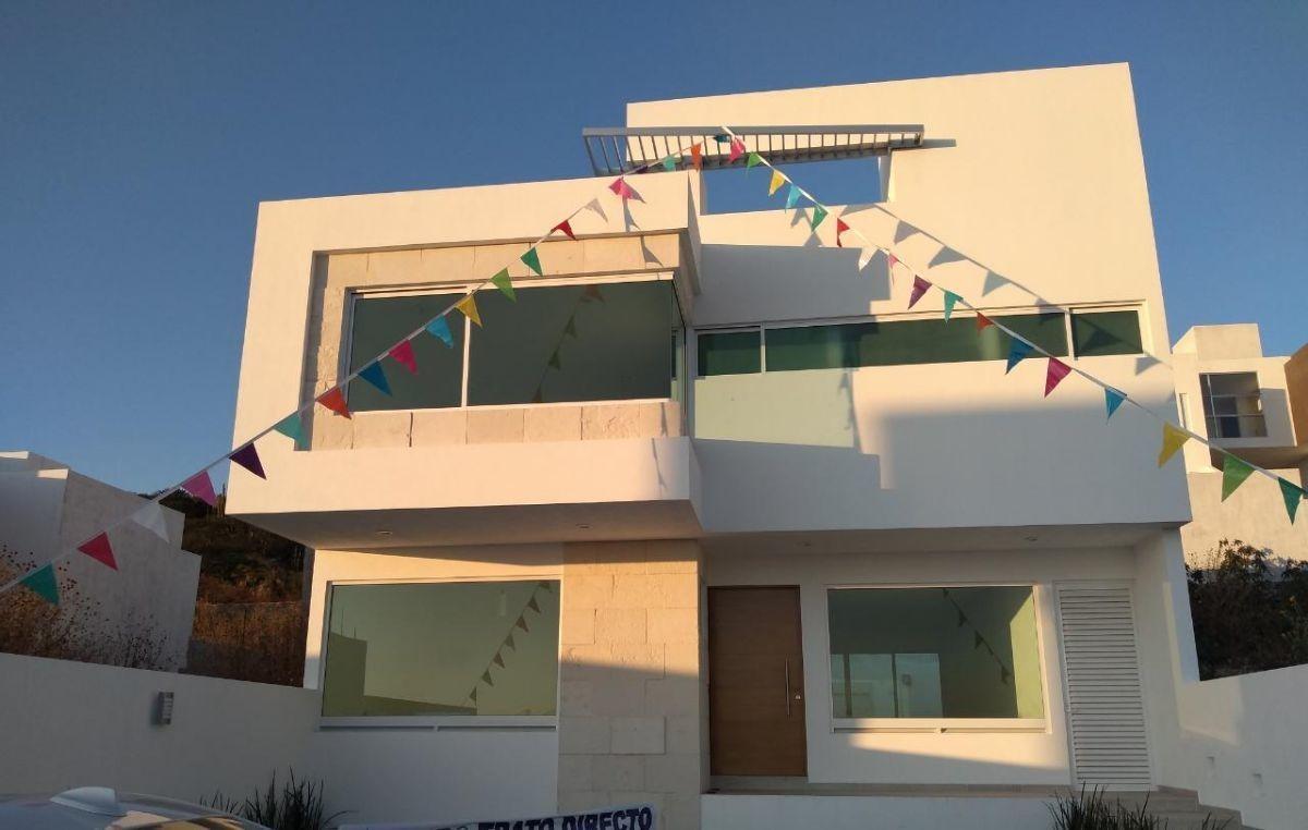 heromosa residencia, lomas de juriquilla, jardín, terraza, estudio o 4ta rec pb