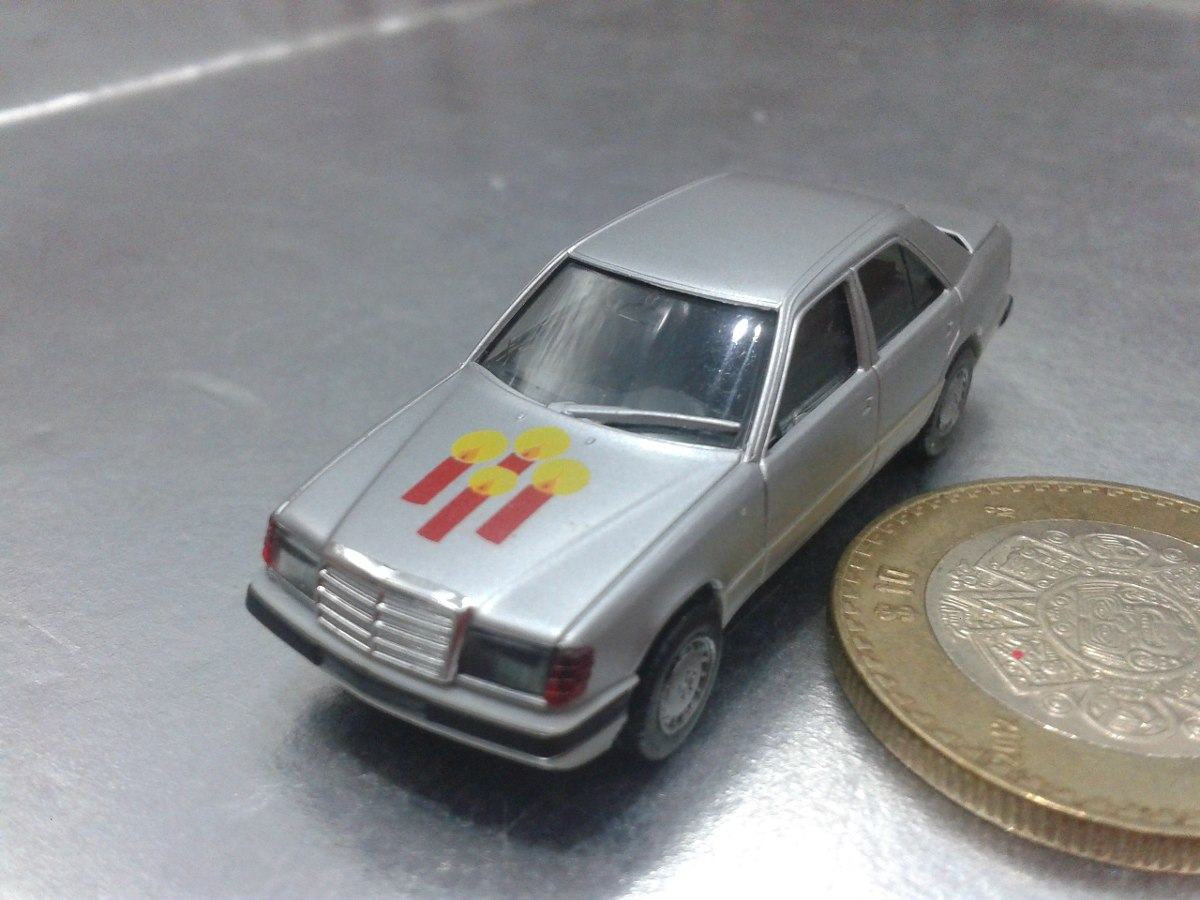 Herpa mercedes benz 300 e made in germany en for Mercedes benz made in germany