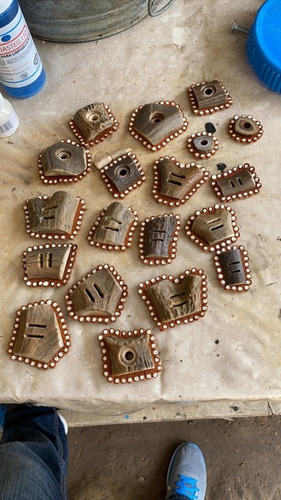 herraje cuerno de vendo 19 piezas cabezadas y estribos