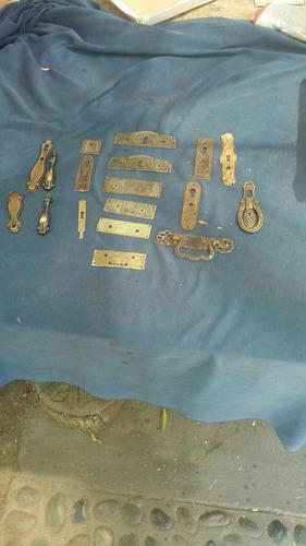 herrajeria  de bronce