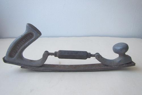 herramienta cepillo antiguo
