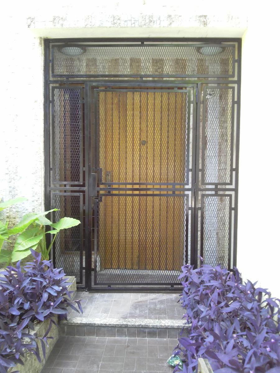 Herreria herrero cerramientos puertas ventanas rejas - Puertas para cerramientos ...