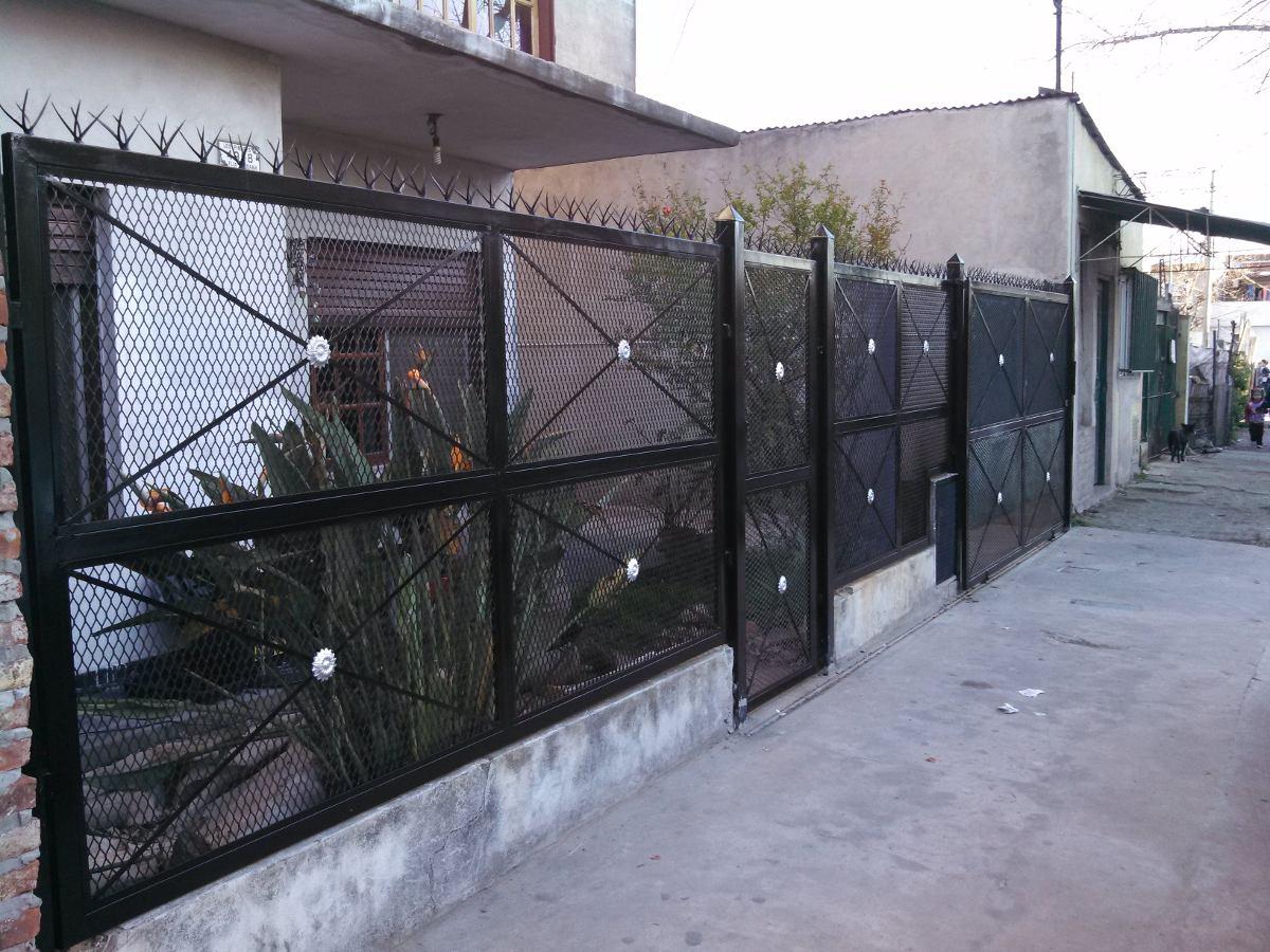 Rejas de hierro para frentes de casas casa lisa pinamar - Rejas de hierro para puertas ...