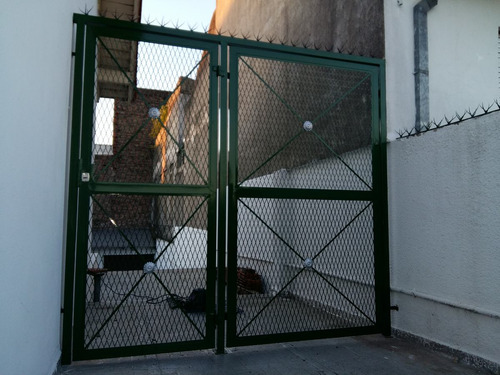 herrería, rejas de frente, puertas, protecciones de balcón