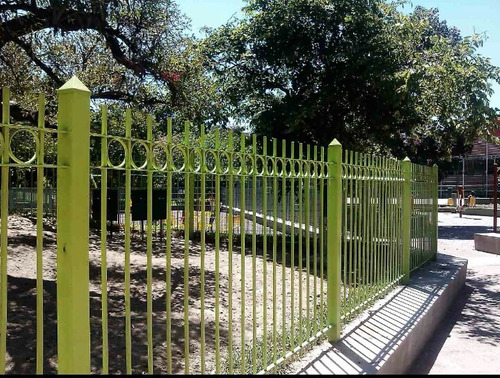 herrero.rejas.protección de balcón.seg.en puertas y muros