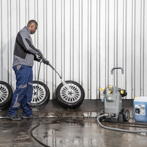 hidrolavadora hd 6/15 m + nt 20 car wash + espuma karcher