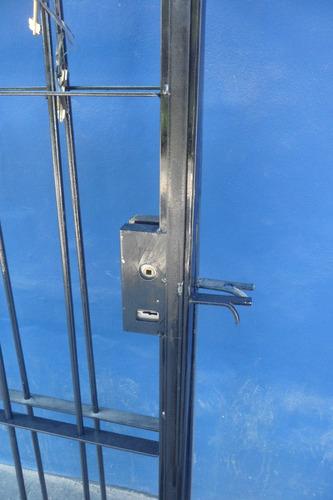 hierro puerta puerta