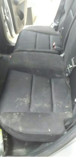 higienização de sofá e interior de veículos