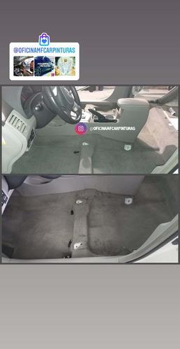 higienização interna de automóvel