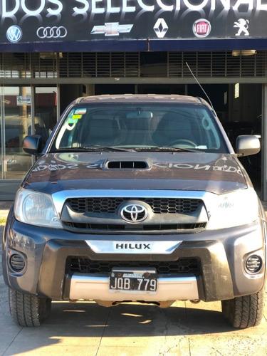 hilux 3.0 cd sr 4x4 2011