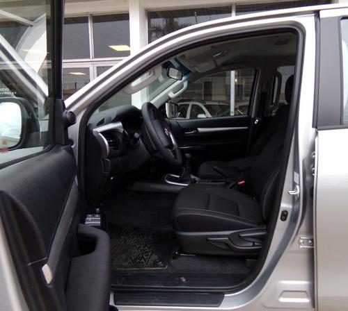hilux d/c sr 2.8 tdi 6ta 4x4 0km my2020 7 airbags disponible