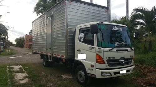 hino  500  fc furgon y/o estacas